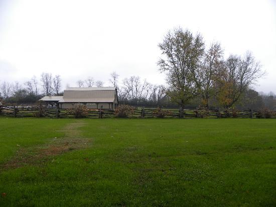 Dillard House: Stables