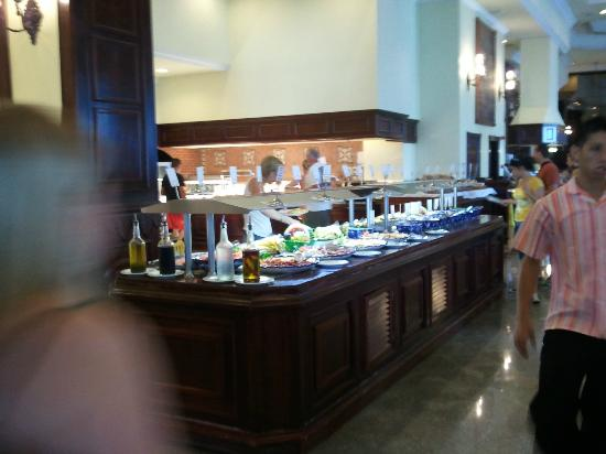 Hotel Riu Palace Las Americas: part of buffet