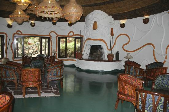 Lake Manyara Serena Lodge: lounge and dinning