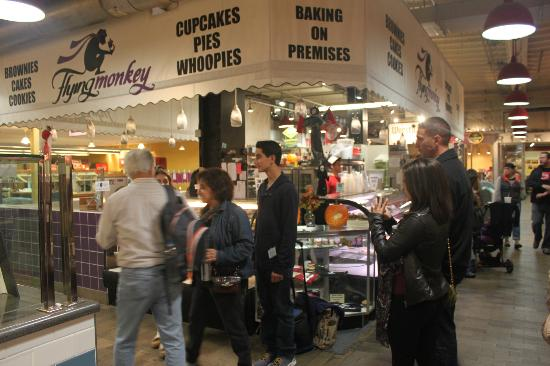 Flying Monkey Bakery: Flying Monkey at Reading Terminal Market