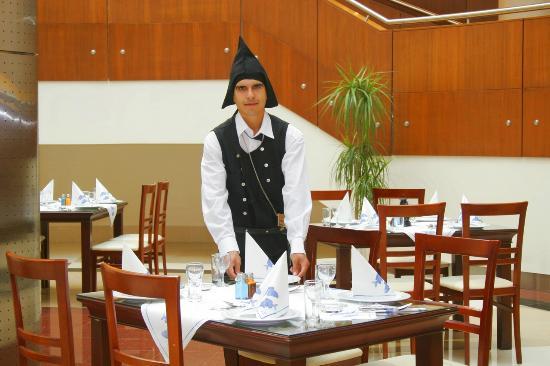 Rixos Konya: YEMEK MASASI