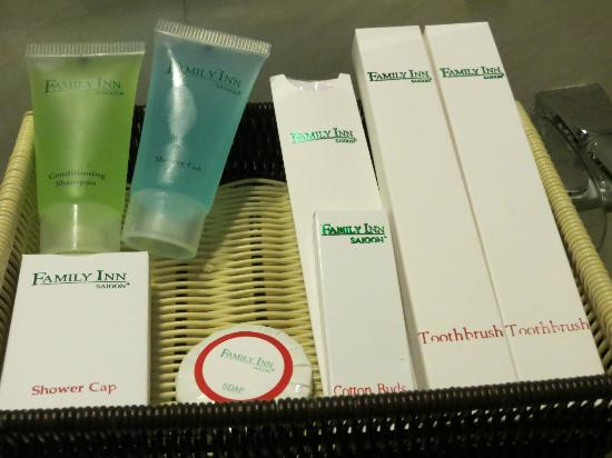 Family Inn Saigon: Amenities in bathroom
