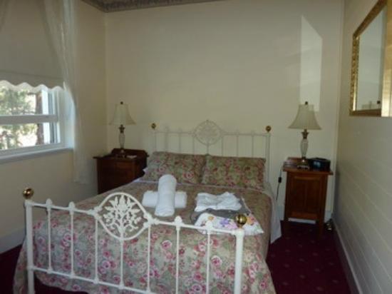 Steampacket Inn: The bigger bedrooom we had