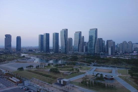 Orakai Songdo Park Hotel : Daytime View