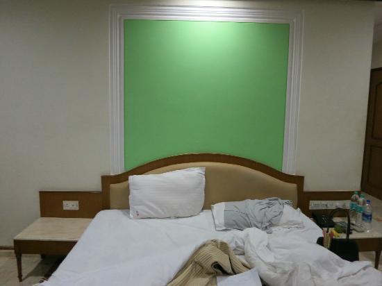 Treebo Garden: Bed