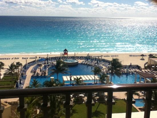 CasaMagna Marriott Cancun Resort: view from balcony