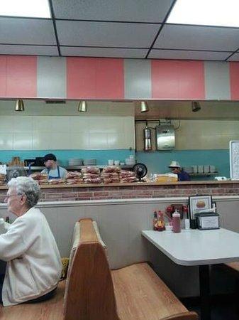 Hamburger King: Grill behind the counter.