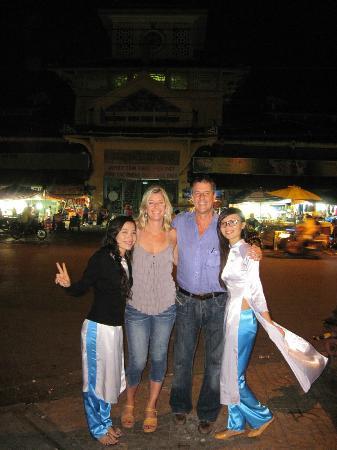 XO Tours: Cho Bihn Tay market, lesstouristic than Ben Thahn