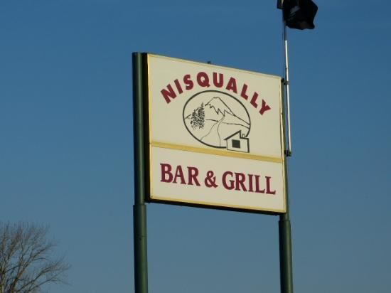 Nisqually Bar and Grill: Nisqually Bar & Grill - Righteous location