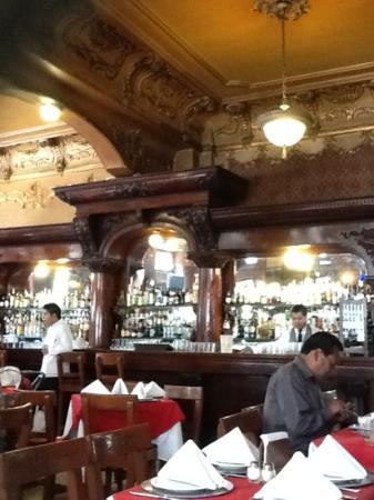 La Opera Bar