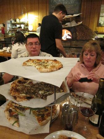 Full of Life Flatbread: Great Flatbread Pizza.
