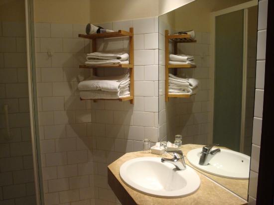 Adornes: Bathroom