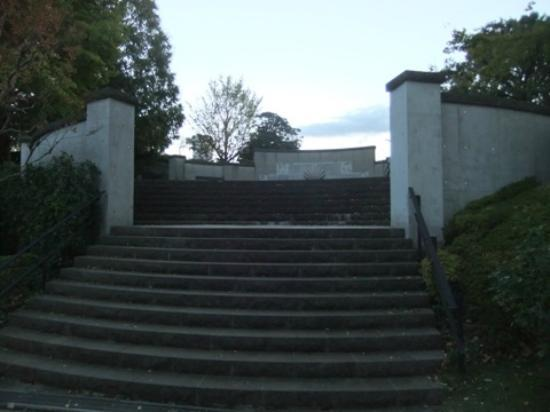 Yamate Italian Garden: 庭園入口02