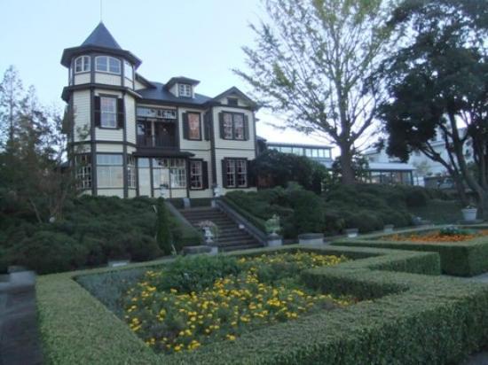 Taman Italia -Yamate: 洋風庭園と外交官の家01