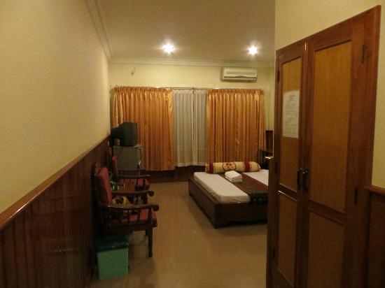Freedom Hotel: View of room