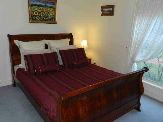 The Birches Luxury Spa Chalets: Main Bedroom