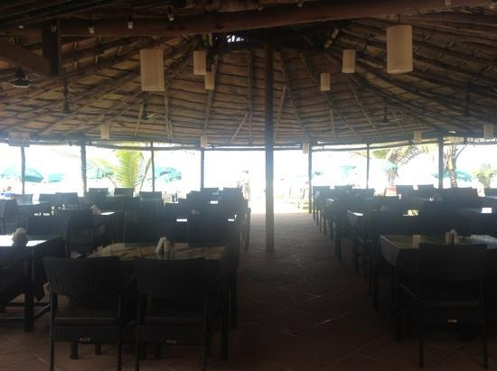 Chalston Beach Resort: restaurant