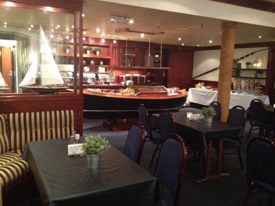 Arendal Maritime Hotel: Dining Room