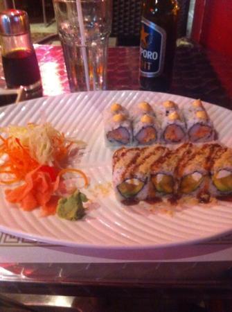 Tayzan Bar and Grill: sushi at Tayzan
