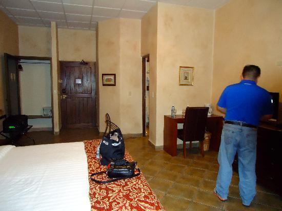 Valle Escondido Resort Golf & Spa: habitacion.
