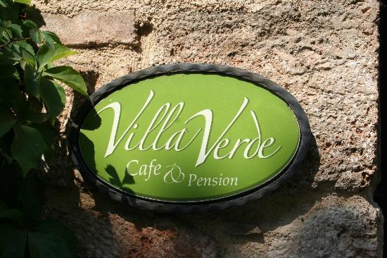 Villa Verde Pension: Hotelschild