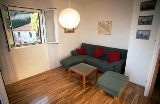 Apartments Erika: Living room sitting corner