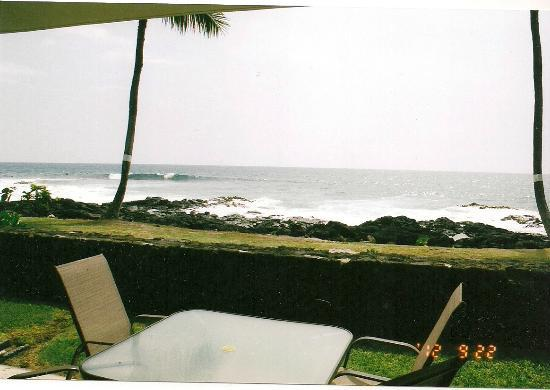 Kona Reef Resort: View from the unit