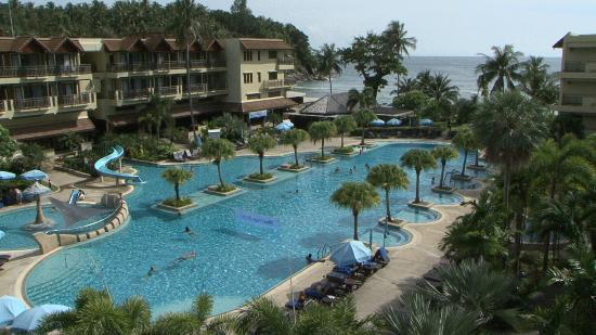 Phuket Marriott Resort & Spa, Merlin Beach: Pool view