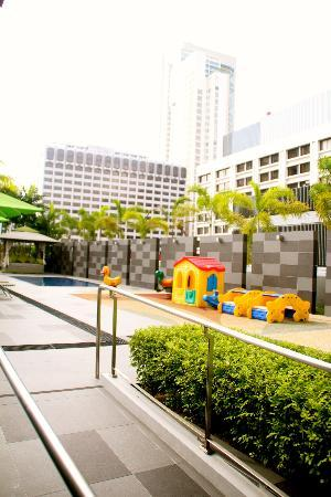 8 on Claymore Serviced Residences: Kid's playground