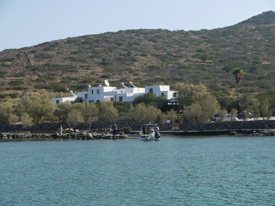 Elounda Island Villas: the beach in front of the villas