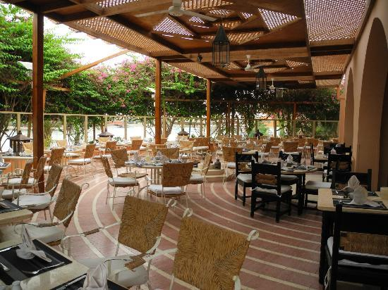 Hotel Sultan Bey Resort: Very nice and relaxing restaurant