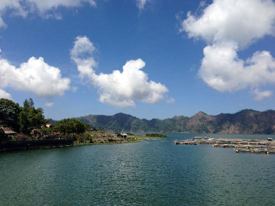 Cheap Bali Driver - Day Tours: Great View of the lake