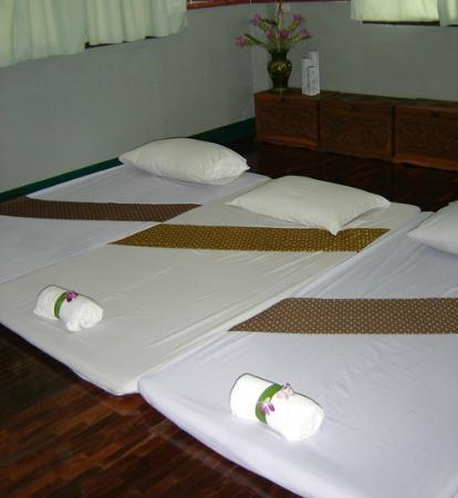 Loi Kroh Traditional Thai Massage and Yoga