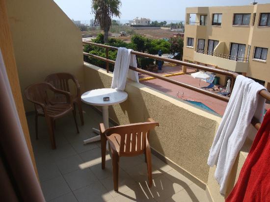 Nicholas Hotel Apartments: Il balcone