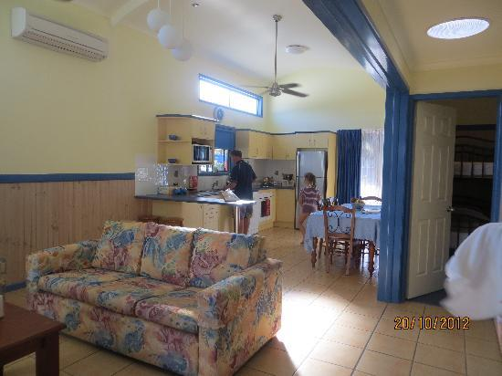 Cairns Coconut Holiday Resort: Inside the spacious Condo