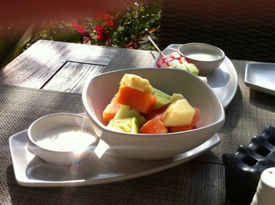 Sudamala Suites & Villas: Yummy and healthy breakfast option