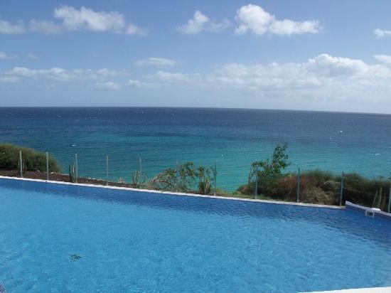 TUI MAGIC LIFE Fuerteventura: Panorama Pool and sea