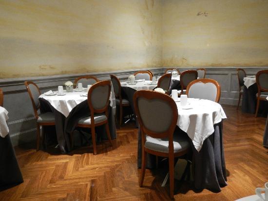 Hotel Alpi: Sala colazioni