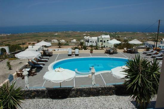 Anemoessa Villa : no caldera or volcano view but still view over the sea