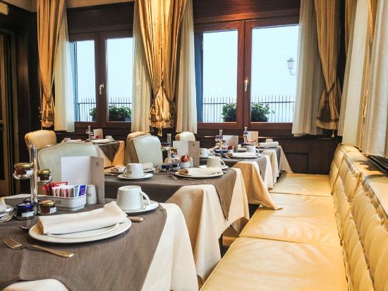 Hotel Bucintoro: Bucintoro's Breakfast room
