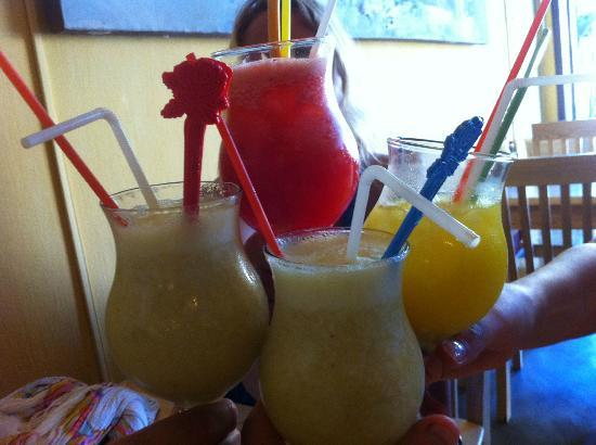 Luong Gia: Best fresh fruit juices