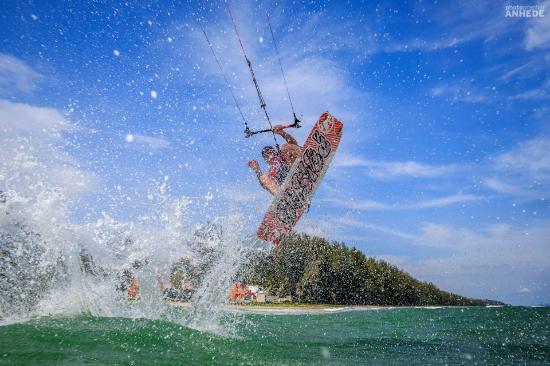NishaVille Resort: Kitesurfing