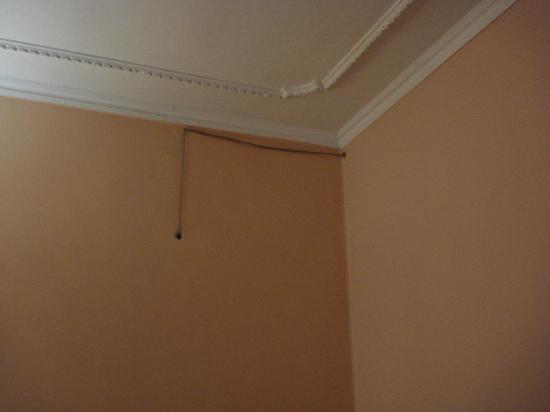 Repubblica Hotel: Raccord élèc. d'une pièce à l'autre...