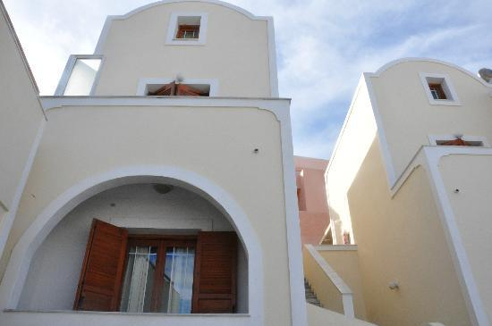 Anemomilos Suites: Street view