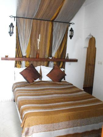 Riad Les Jardins Mandaline: lit