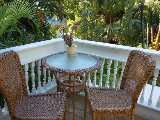The Mermaid & The Alligator: The small but perfectly formed balcony of the Sun room