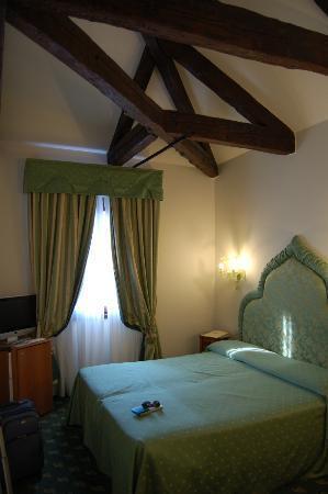 Hotel Giorgione: Our room