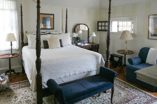 Carolina Bed & Breakfast: Hummingbird Room