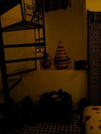 Riad al akhawaine: Ceramics