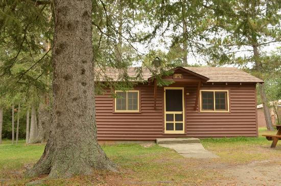 Bert's Cabins: Cabin #7
